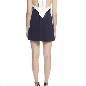 Alice + Olivia Dresses - NWT $265 Alice + Olivia Maya Dress Navy White Sz L